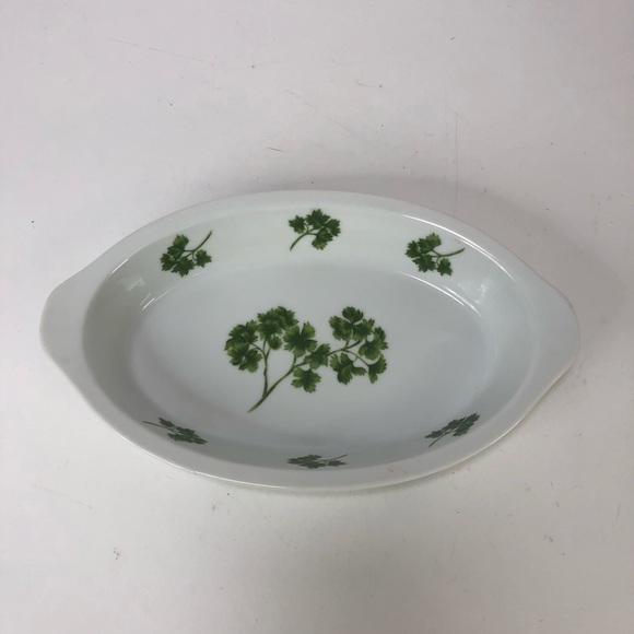 "Vintage Other - Vintage parsley ceramic cookware  10.5"" x 6"""